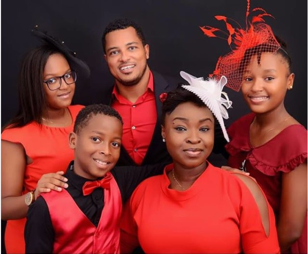 Van Vicker with his wife and kids